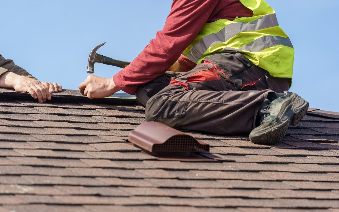 Why Should You Hire a Professional Roofing Contractor to Install a New Roof? Insights from a Roofing Contractor in Aurora, Illinois