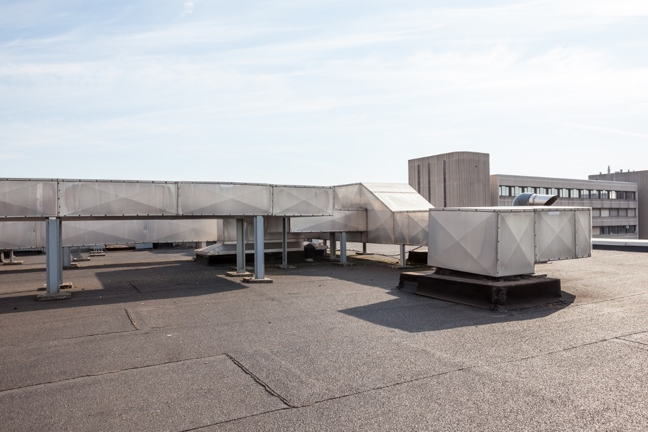 How to Extend the Life of Your Commercial Roof: Tips from a Commercial Roofing Company and Contractor in La Grange, Illinois