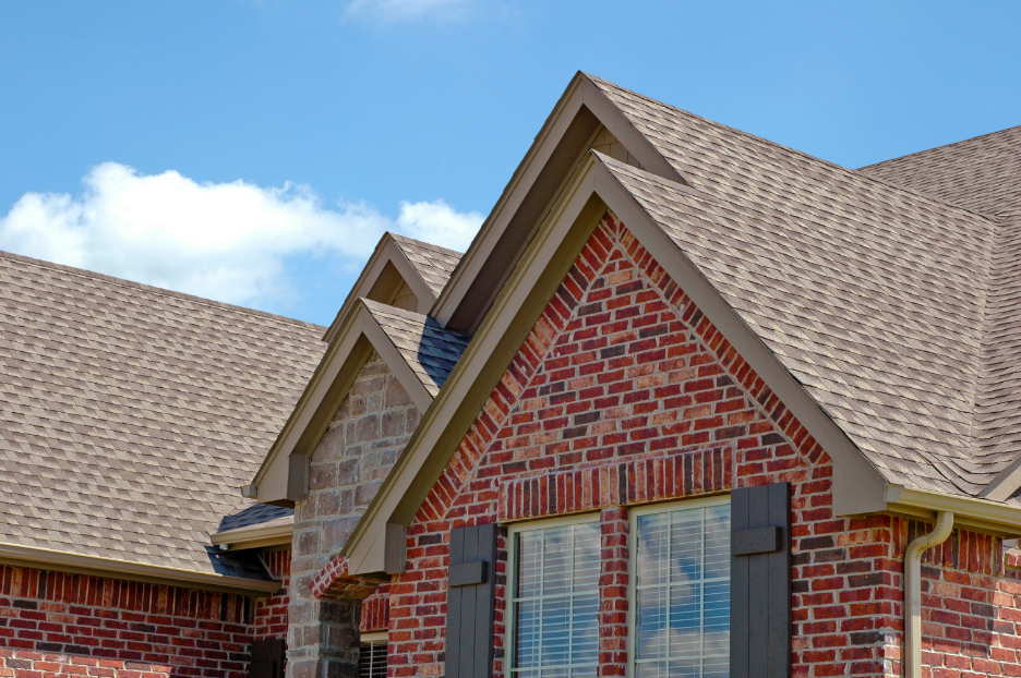 The Basics of Roof Replacement: Insights from a Roofing Company in Hinsdale, Illinois